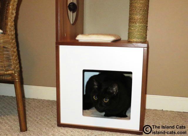 Vesper V-Box Small cozy sleeping cave