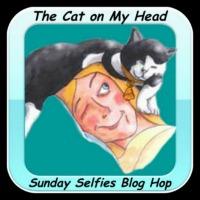Sunday Selfie Logo